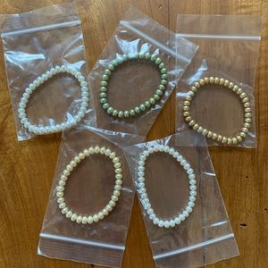 NWOT Set of 5 Honora Pearl Stretch Bracelets